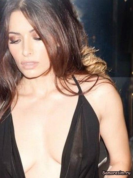 sarah shahi naked