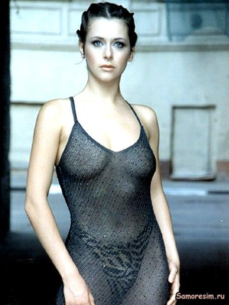 Знаменитость Лидия Арефьева в эротических фотосессиях.