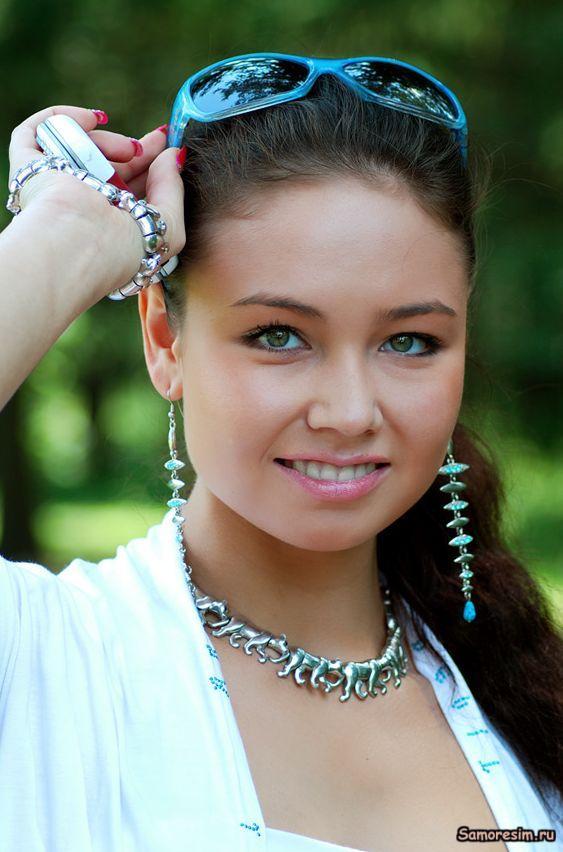Alice Selezneva Profiles Facebook