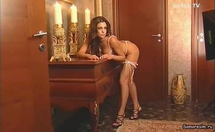 golaya-mahova-video