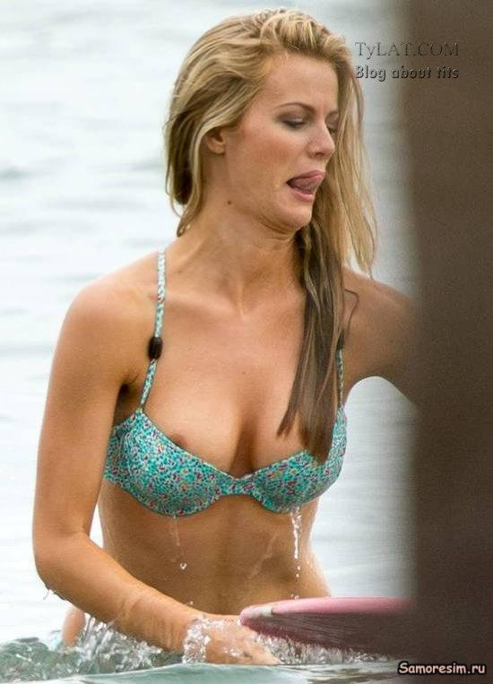 Brooklyn Decker posing 100 naked myCelebrity