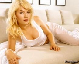 Elisha Cuthbert Nude